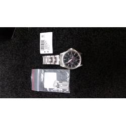 Citizen-AG8340-58E-8-out-of-10-Scratched-links