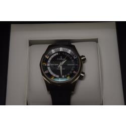 Corum-A637-02744-Store-Display-9.5-out-of-10